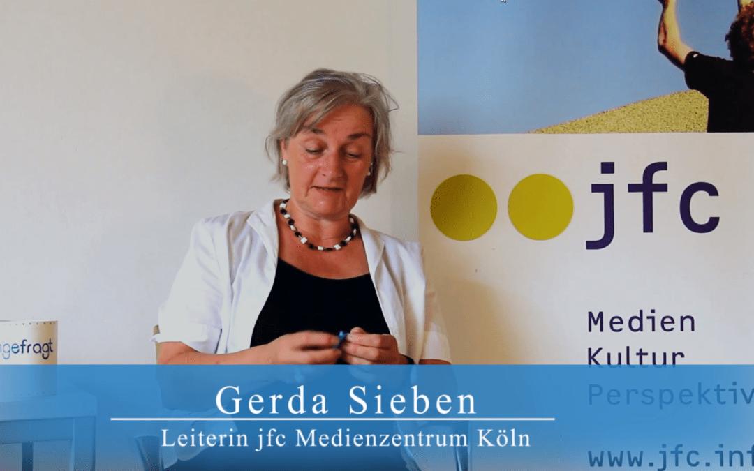 Das Foto zeigt Gerda Sieben. Sie ist Leiterin des jfc Medienzentrums Köln. Media Smart hat mit ihr über Big Data gesprochen.